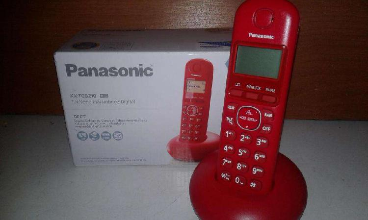 Teléfono inalámbrico digital marca *panasonic* en caja