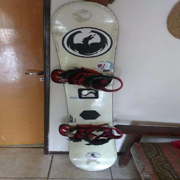 Combo, burton tabla de snowboard johan y fijaciones cartel