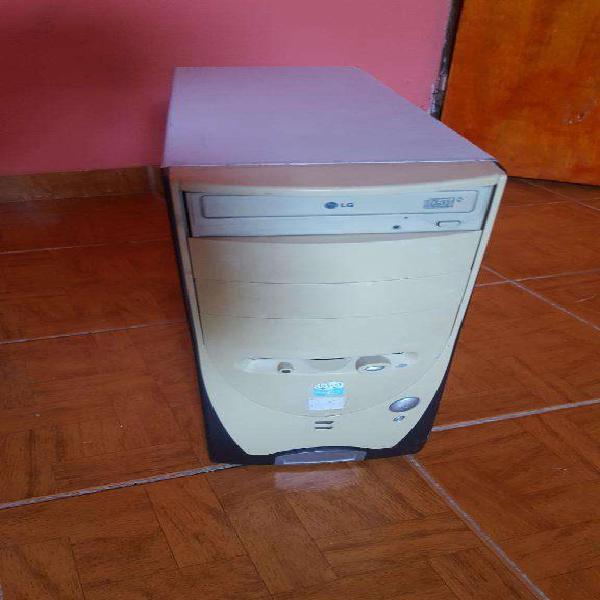 Pc Cpu Computadora con juegos clasicos