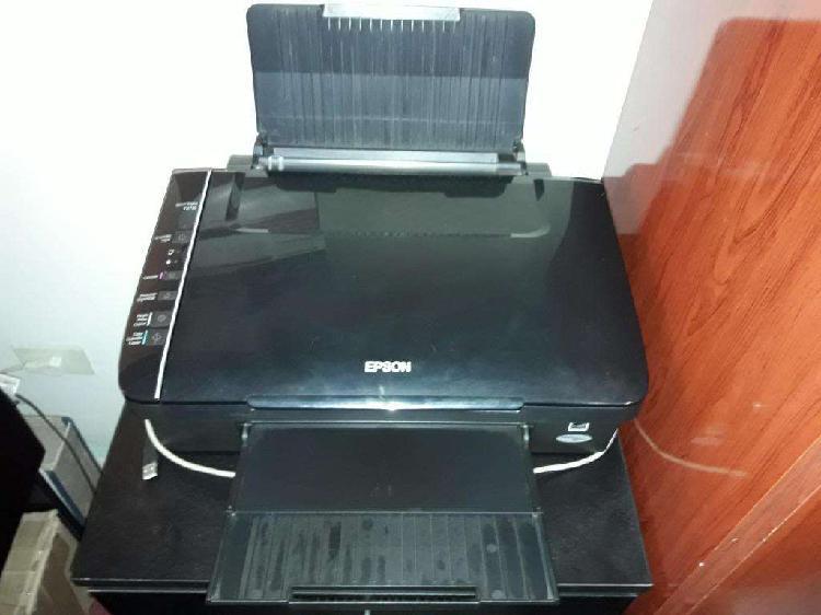 Impresora multifuncion epson con 8 cartuchos de tinta color
