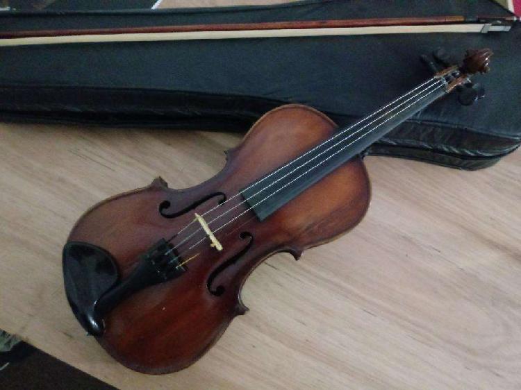 Violin estudio antiguo