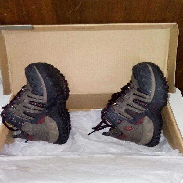 Zapatos nuevos en caja - marca olimpikus