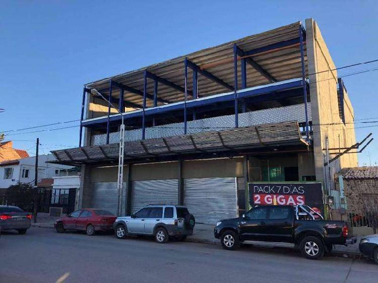 Amplio local comercial nuevo a estrenar centro este