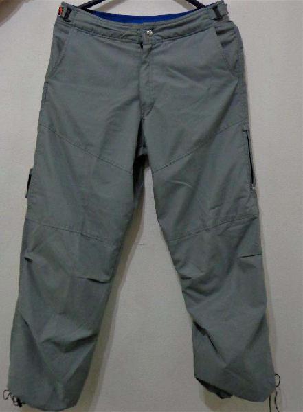82ae8f42fae334 San Nicolás (Capital Federal). $ 900. Pantalón algodón y poliester tipo  cargo para hombre t.38