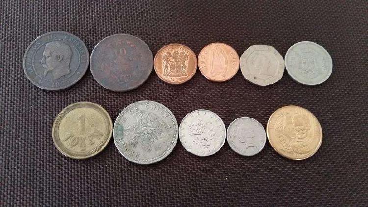 Lote monedas [internacionales] 11 unidades