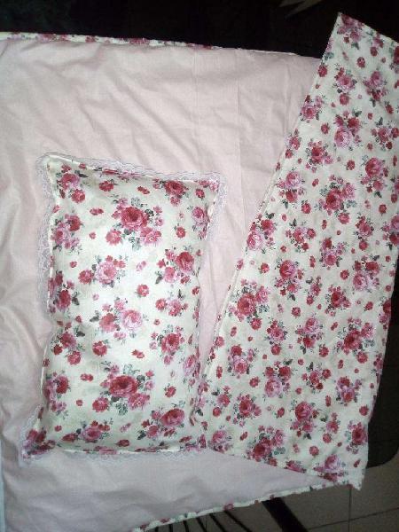Acolchados con almohada para la cuna