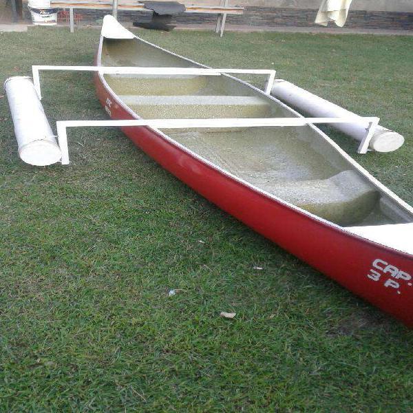Canoa excelente lista para usar