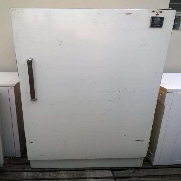 Heladera general electric con congelador buen estado en uso
