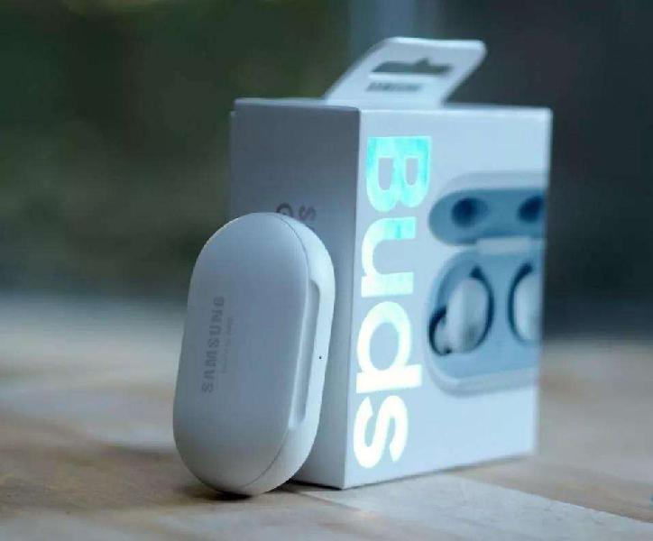 Samsung galaxy buds nuevos - importados. auriculares