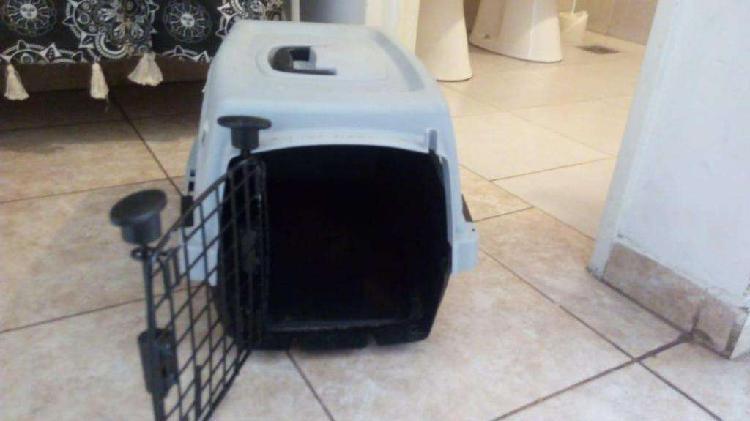 Vendo canil de transporte p/gato/perro/conejo/apto avión