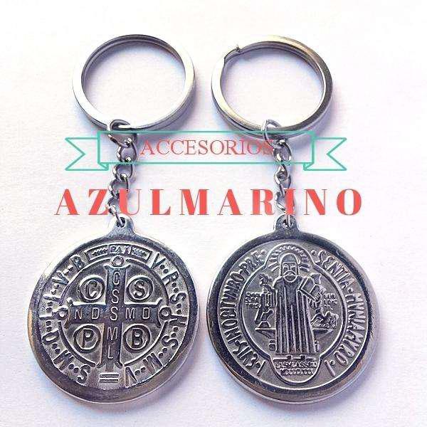 Llaveros Acero Medalla San Benito/Guadalupe/ Cruz/nena/nene.