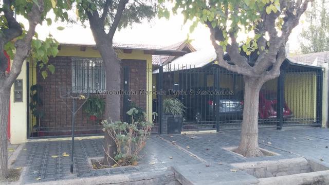 Vendo casa barrio 17 de 0ctubre las heras mendoza