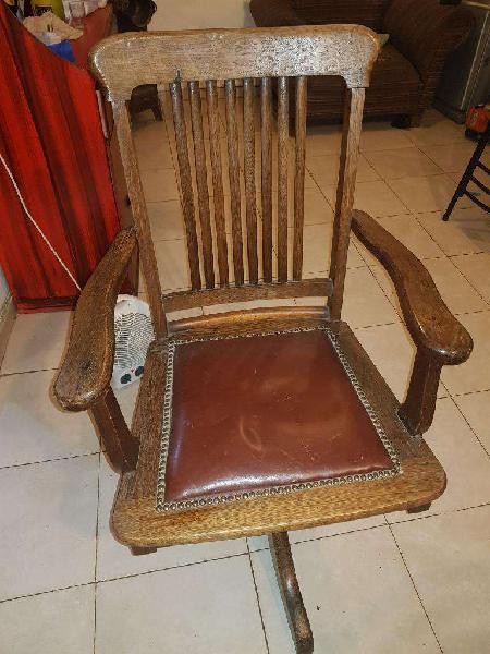 Vendo sillon antiguo de oficina