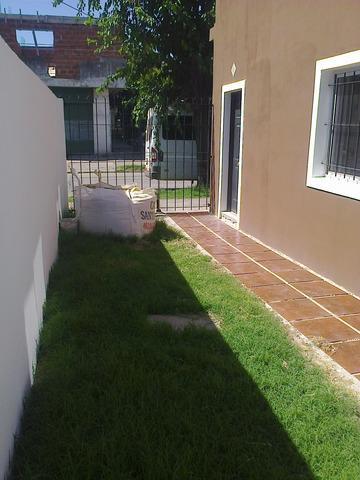 Duplex de 3 amb, cochera y patio. financiado!!!