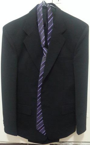 Liquido traje ambo hombre nuevo negro mate y corbata!