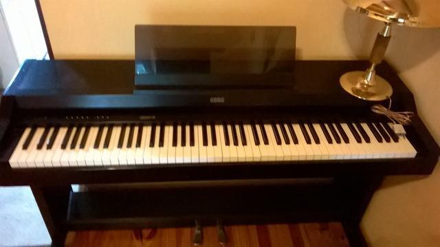 Piano electrico korg