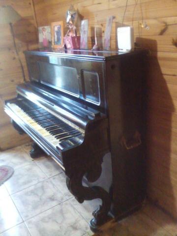 Piano gaveau, a restaurar y afinar