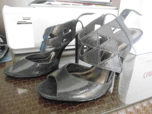 Sandalias negras nuevas calvin klein articulo nuevo