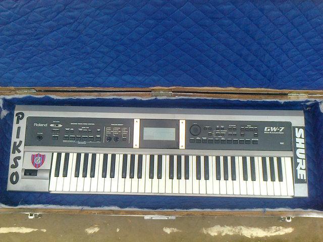 Vendo o permuto teclado roland gw7 sintetizador por octapad