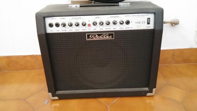 Vendo guitarra electrica + amplificador + funda + cables -