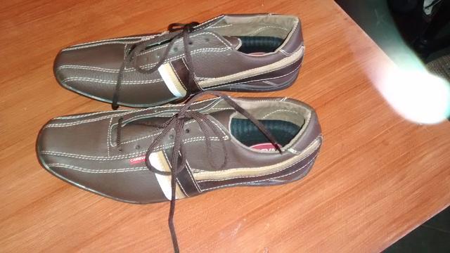 """Vendo zapatos de caballero marca """"careva"""""""