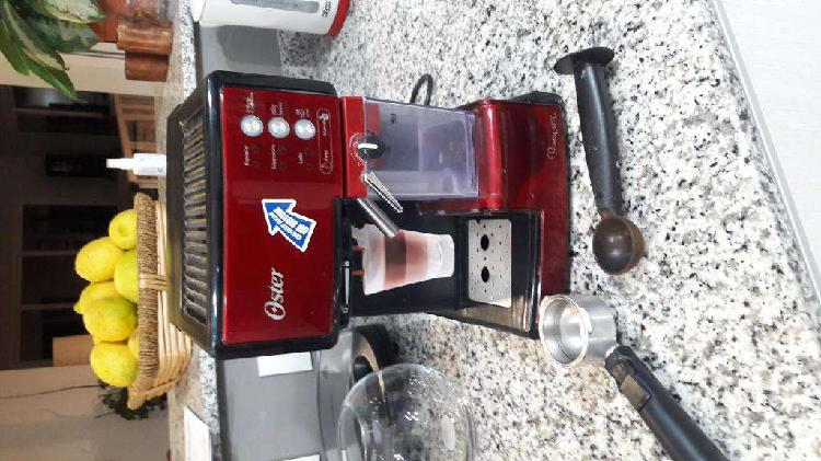 CAFETERA EXPRESS OSTER PRIMA LATE