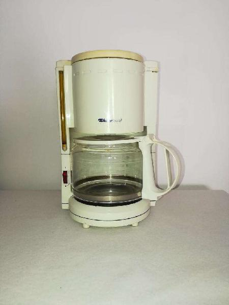 Cafetera con jarra electrica