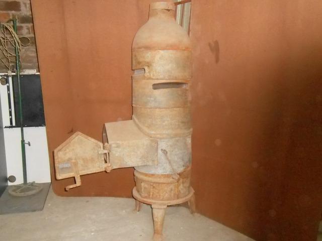 Estufa antigua de hierro