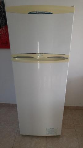 Heladera columbia atlantida con freezer
