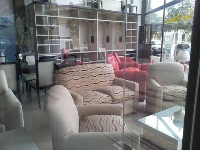 Liquido muebles de diseño por cierre difinitivo, vendo o