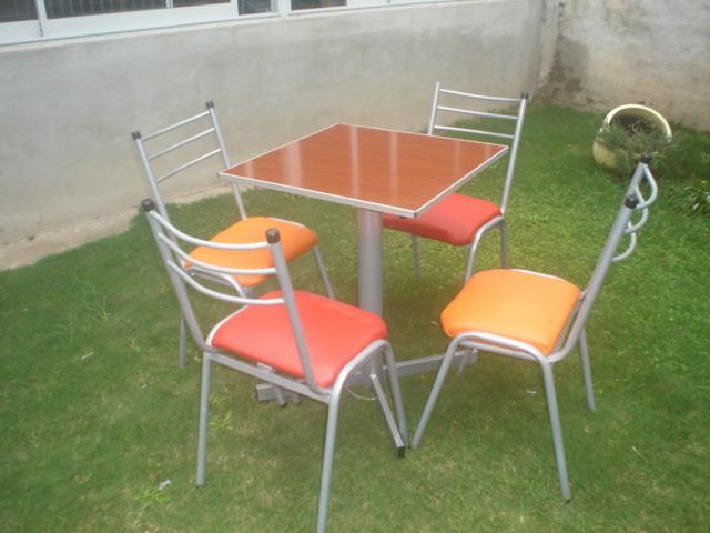 Mesas redondas, rectangulares, cuadradas y sillas apilables