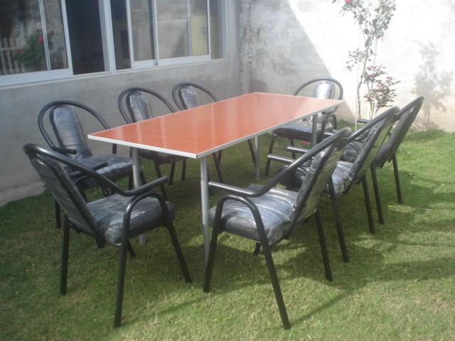 Mesas y sillas apilables desde cordoba para bares, salones