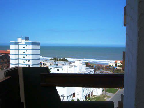 Regio depto con vista al mar en villa gesell