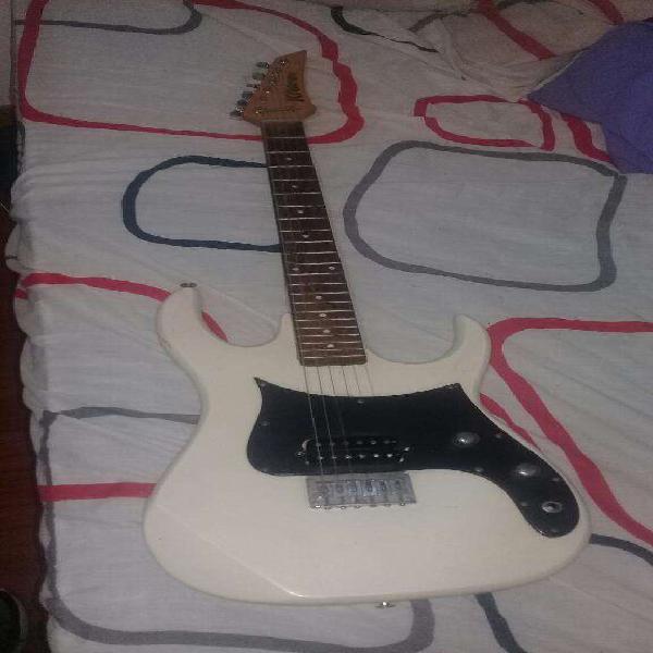 Vendo guitarra kramer y amplificador sx