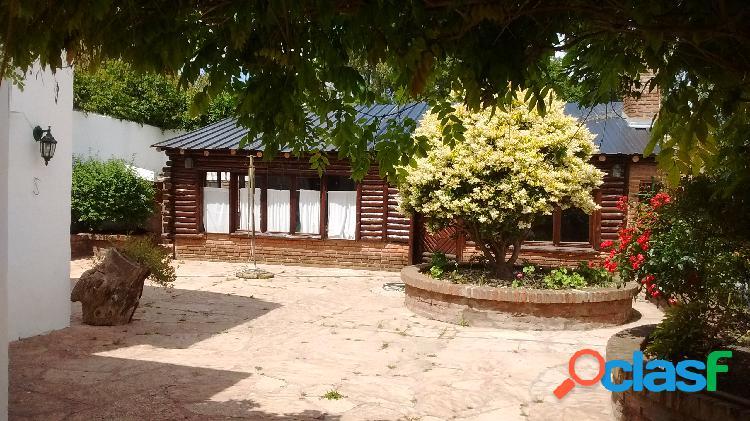 Venta Casa - Chalet 4 Ambientes FLORISBELO ACOSTA Y J. V. GONZALEZ Mar del Plata 2