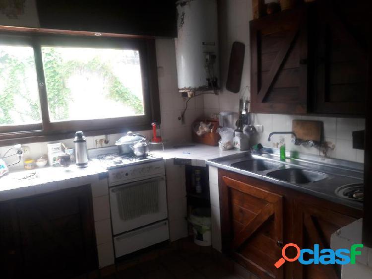 Venta casa - chalet 4 ambientes valencia y zanny mar del plata
