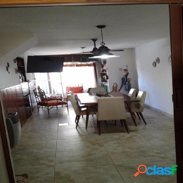 Casa venta 3 dormitorios rosario zona norte cristaleria