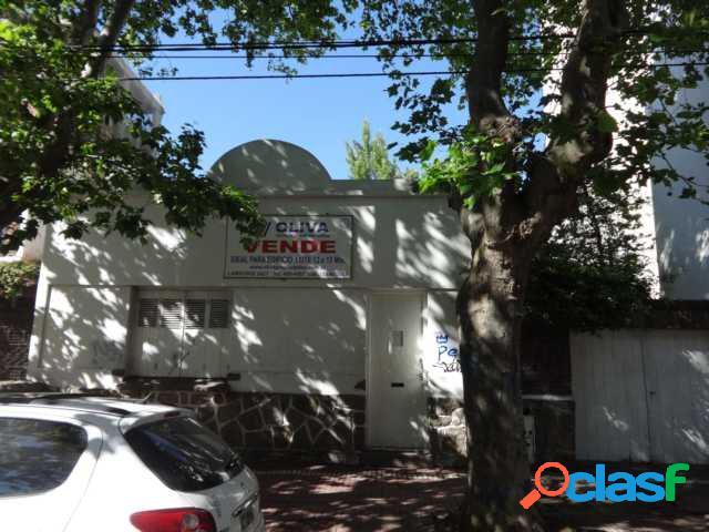 Casa 3 amb. c/garage mas doble dependencia o como lote para edificar pb y 4 pisos - hosp.materno