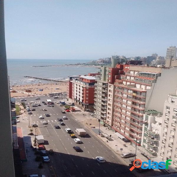 3 ambientes con vista al mar y cochera fija