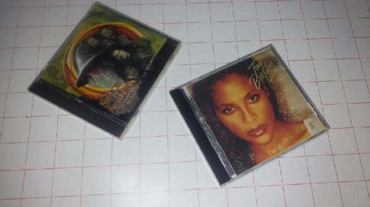 Caja cd usadas. audio, video, computación.