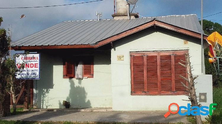 Casa 3 ambientes + casa al fondo