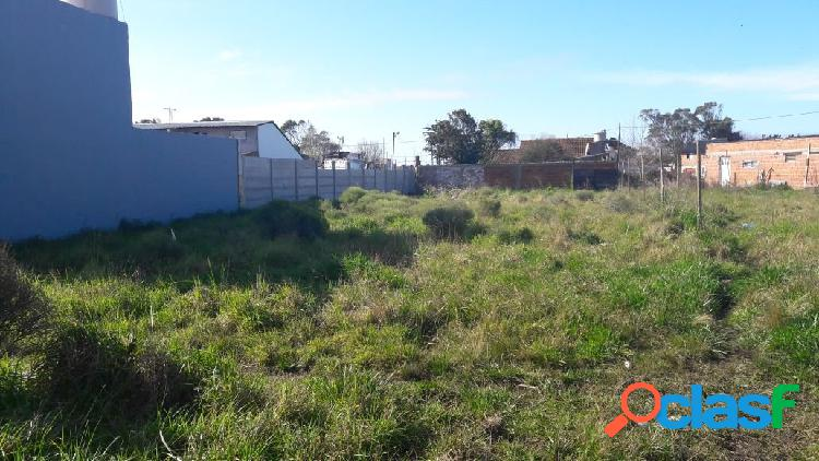 Lote 12x35 mts.