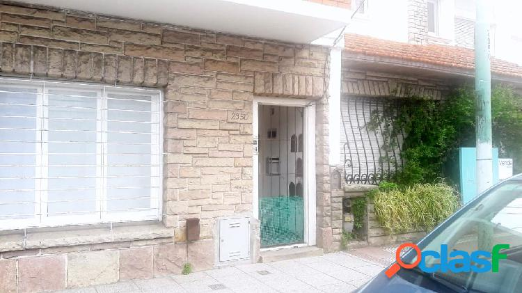 Impecable ph 3 ambientes en barrio chauvin