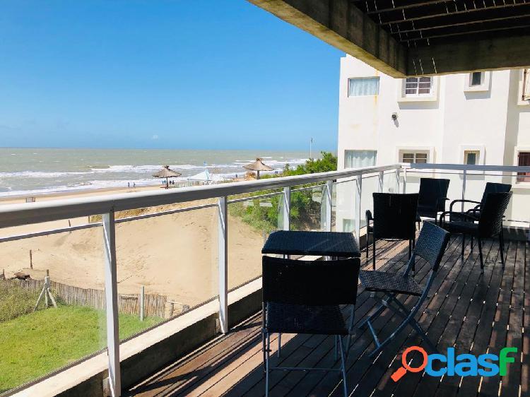 Alquiler departamento 3 ambientes frente al mar 4 personas