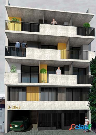 Monoambiente al contrafrente con balcón-terraza