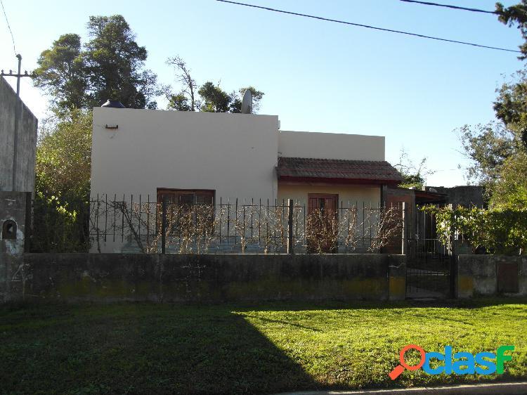 Casa con Gran Terreno en Madariaga 1
