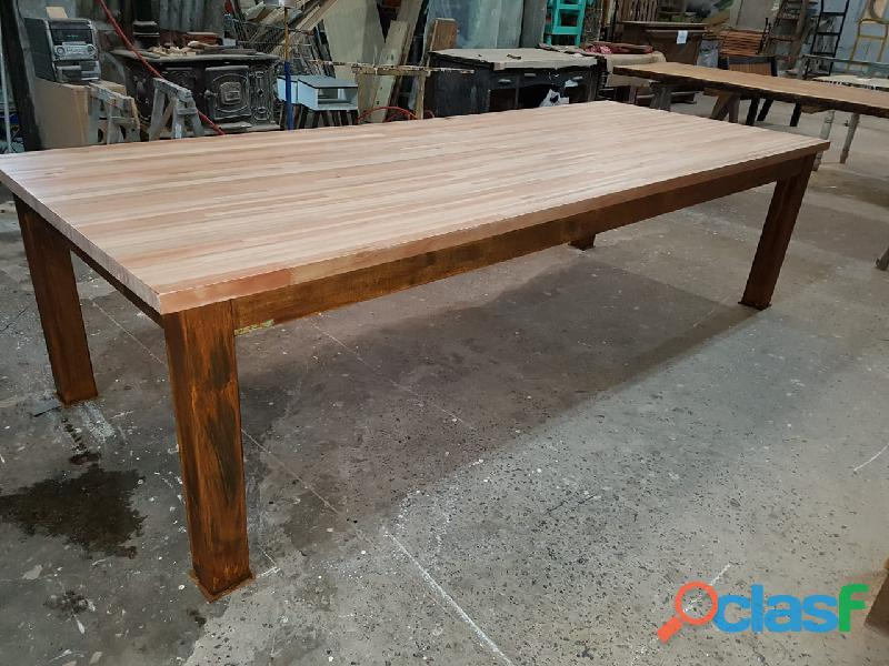 Mesa base hierro tapa eucaliptus para exterior