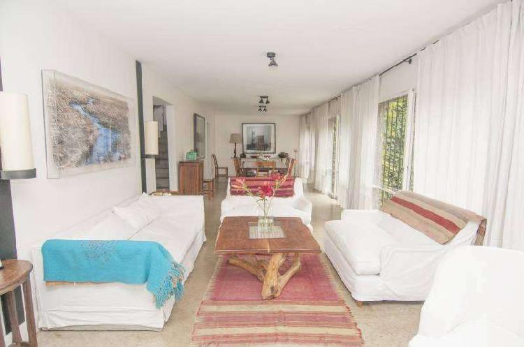 Casa - 5 dormitorios con jardin - palermo soho