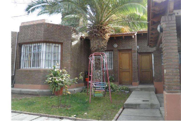 Excelente casa b jardin miraflores carrodilla