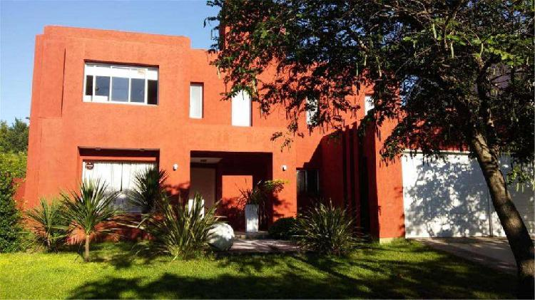 Jardin Claret, Extremeños 4900 - UD 270.000 - Casa en Venta